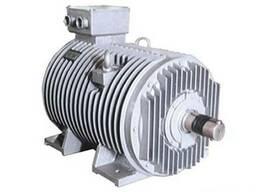 Трехфазный асинхронный двигатель с преобразованием частотой