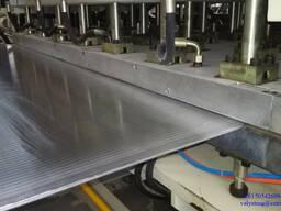 Экструзионный станок по производству сотового листа из ПП/ПК