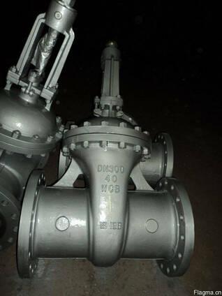 Продам задвижки стальные 30с15нж Ру40 Ду300 дешево из Китая