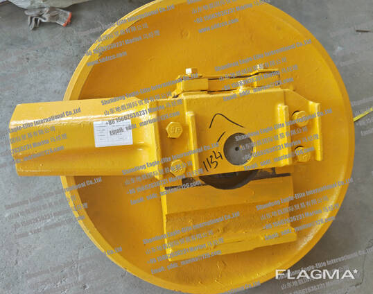 SD23 Направляющее колесо в сборе 154-30-00770